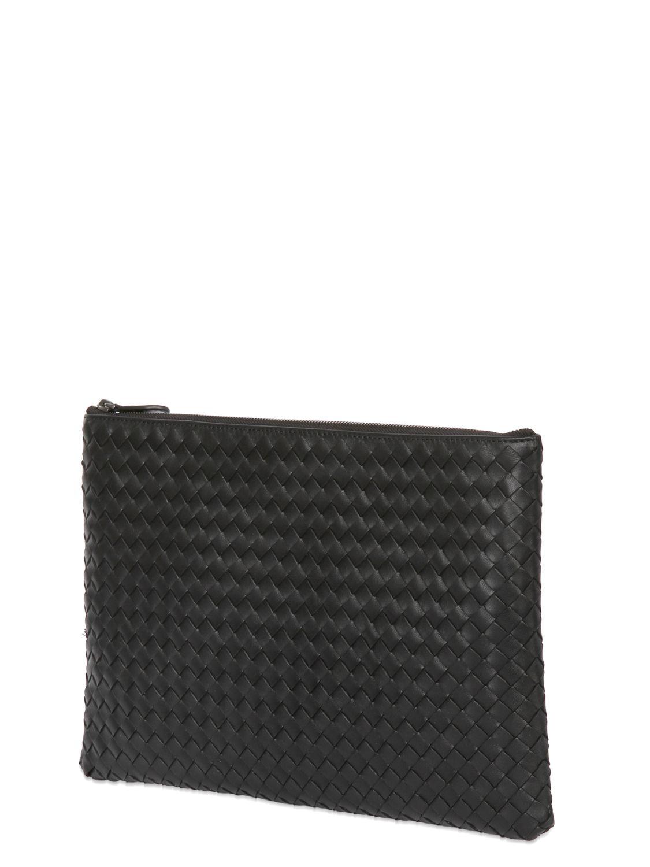lyst bottega veneta large shiny intrecciato leather clutch in black. Black Bedroom Furniture Sets. Home Design Ideas