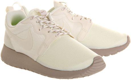 Nike Roshe Run Cream