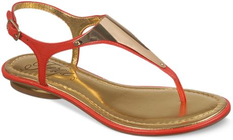 Fergie Bali Thong Sandals In Red Coral Lyst