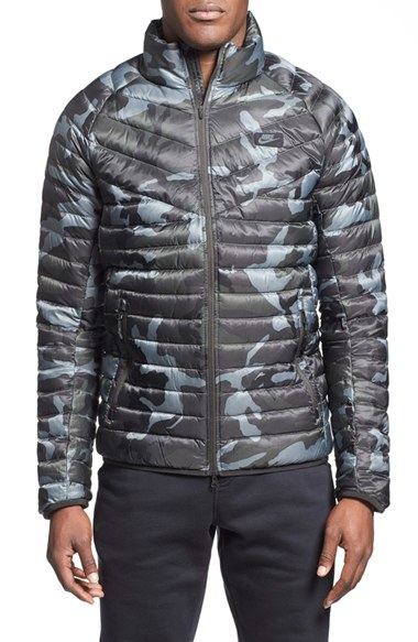 b2eaf49c1f929 Nike 'guild 550' Camo Print Quilted Down Jacket in Gray for Men - Lyst