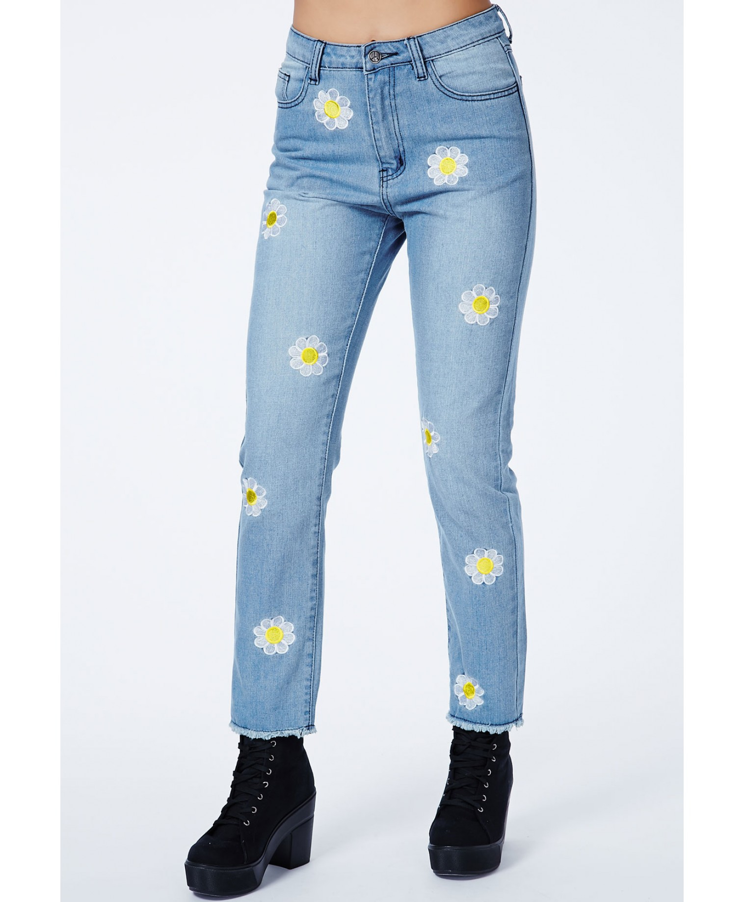 Missguided Ramune Daisy Embroidered Mom Jeans In Blue (brown) | Lyst