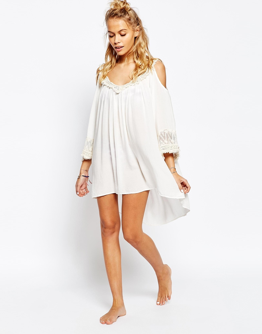 84b1c2094cc45 Lyst - Surf Gypsy Fringe Trim Cold Shoulder Beach Cover Up in White