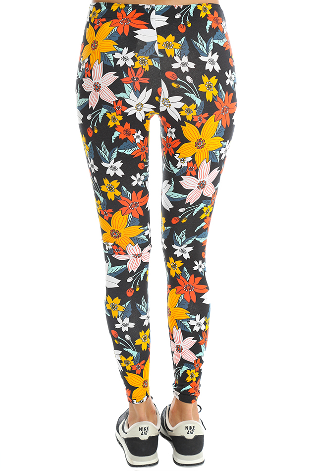 Nike Cotton Leg-a-see Hawaiian Legging in Black