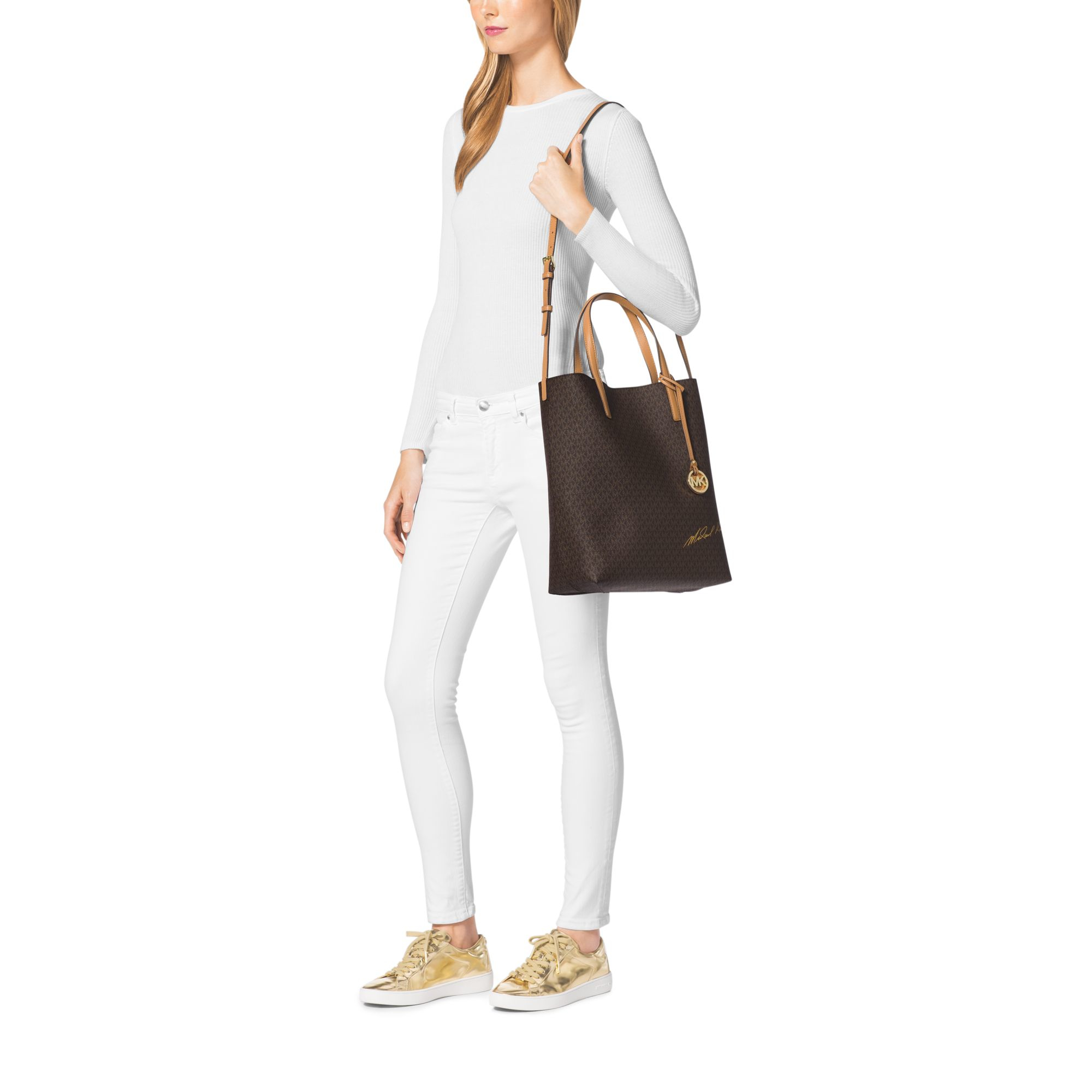 096c6d2fbb1e Michael Kors Signature Logo Large Convertible Tote in Brown - Lyst