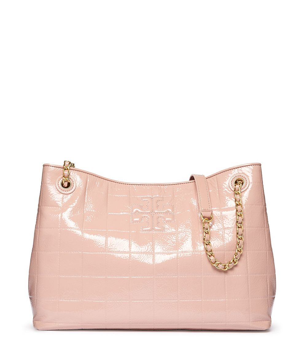 89d7232e86b Lyst - Tory Burch Marion Quilted Patent Chain-shoulder Slouchy Tote ...