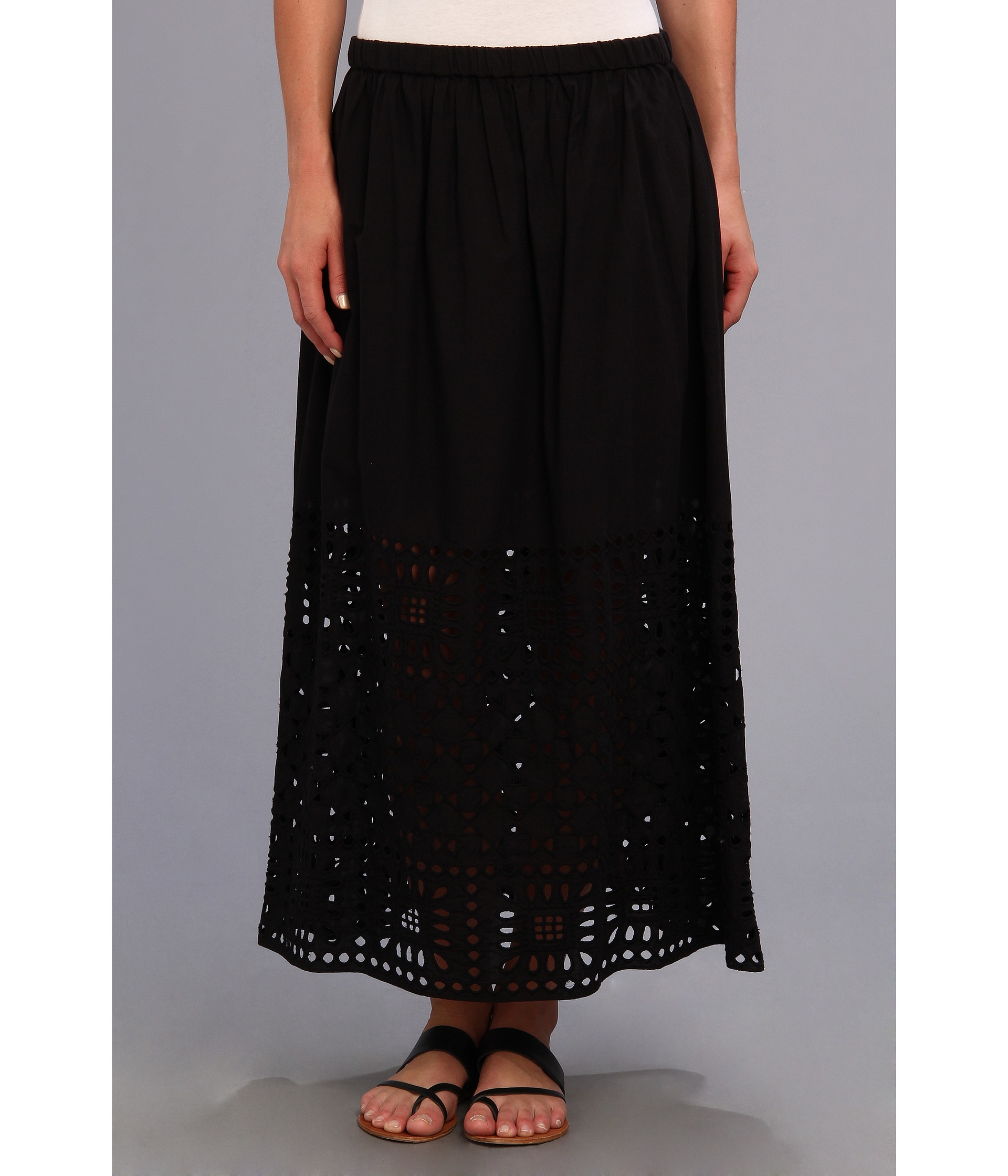 two by vince camuto aztec border maxi skirt in black rich