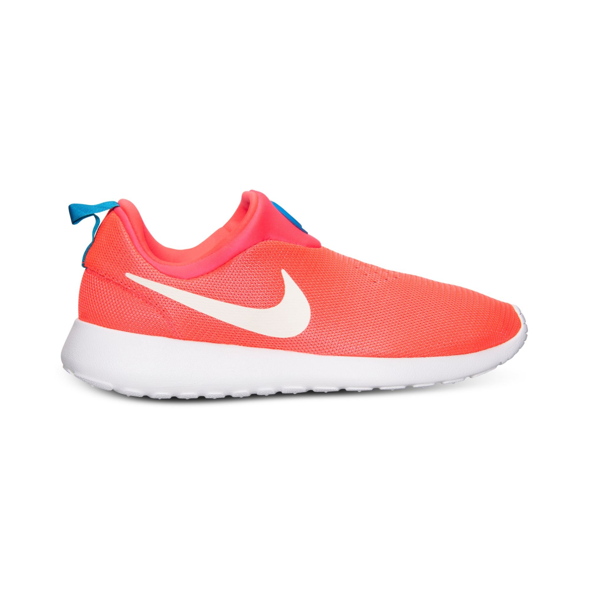 nike mens roshe run slip on casual sneakers from finish