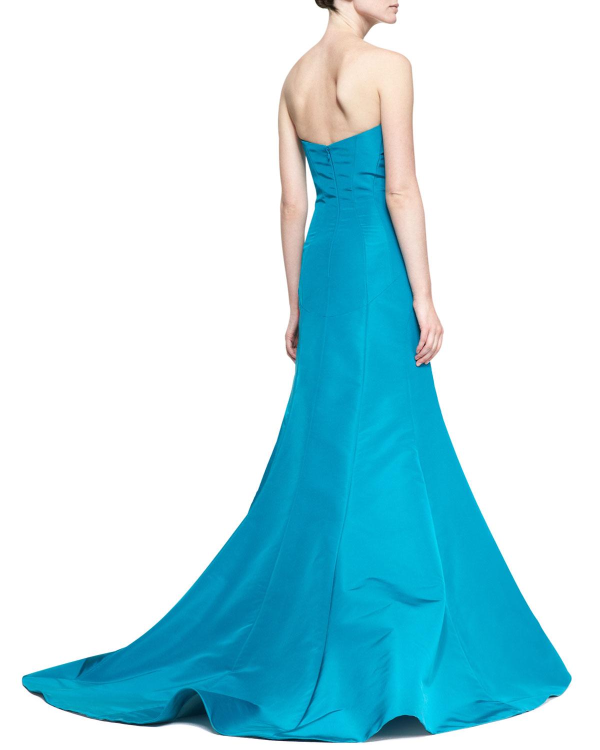 Carolina Herrera Strapless Evening Gown in Blue - Lyst