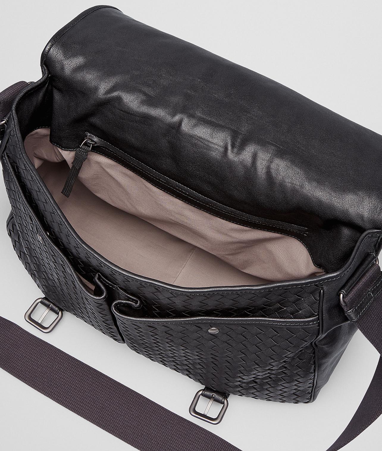 1577fe8935f31 Bottega Veneta - Black Nero Medium Grey Mist Intrecciato Washed Nappa  Gardena Bag for Men -
