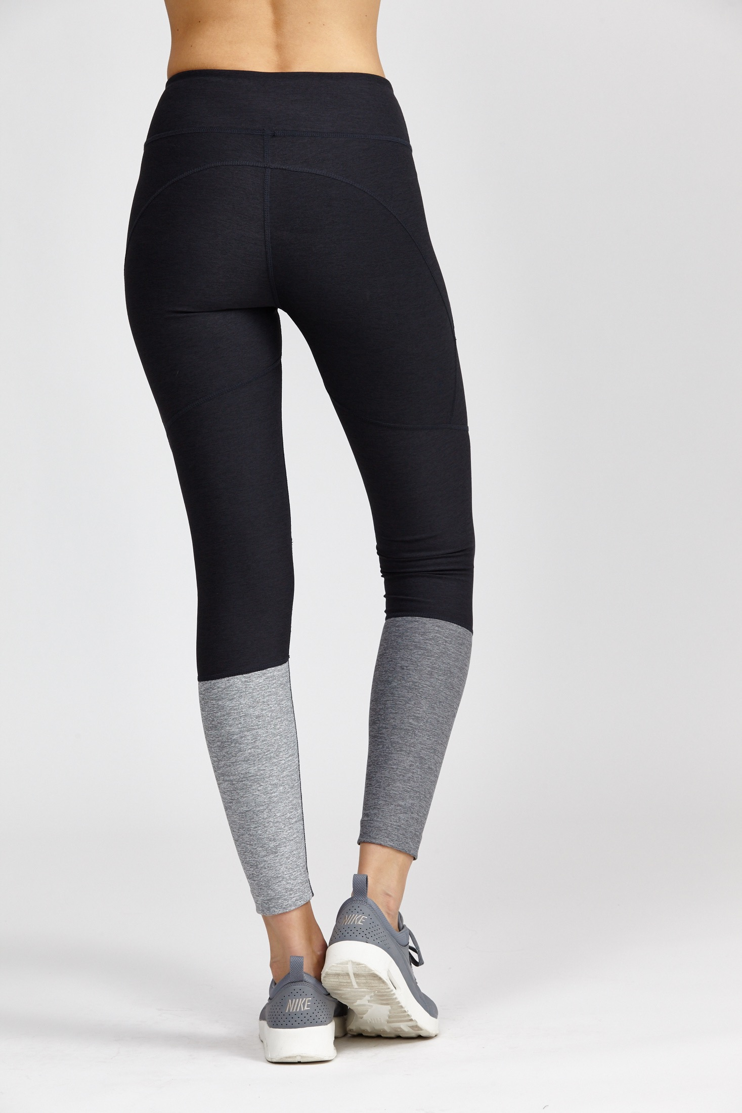 4f96735a5a5ea Outdoor Voices Dipped Warmup Legging in Gray - Lyst