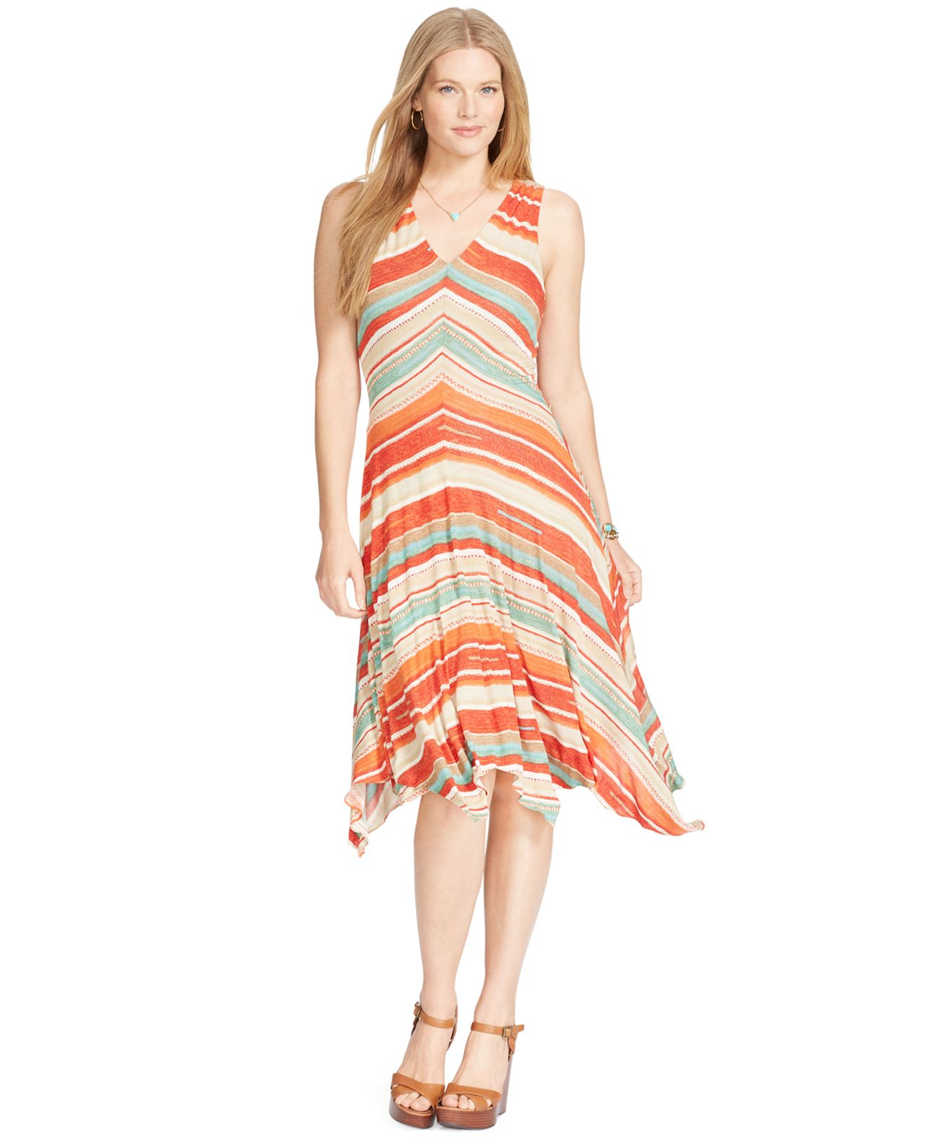 Waterfront outing dress fashion