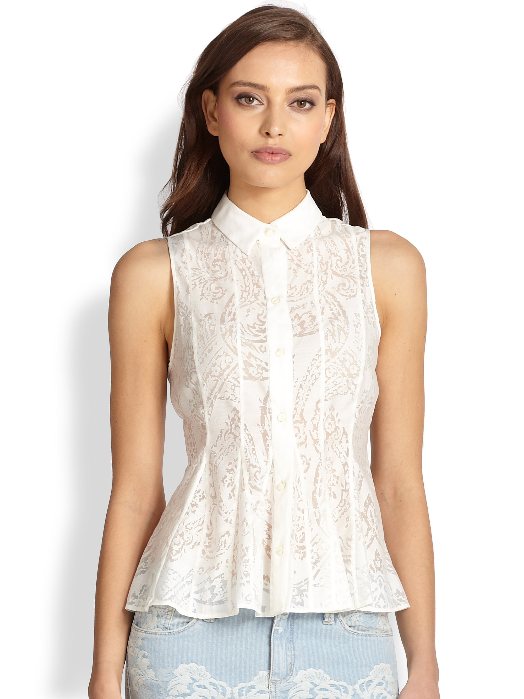 Sleeveless tops are a lovely cooling option to have when the weather is warm, we stock a wide range of cheap sleeveless tops. Each one has been carefully selected by our team.