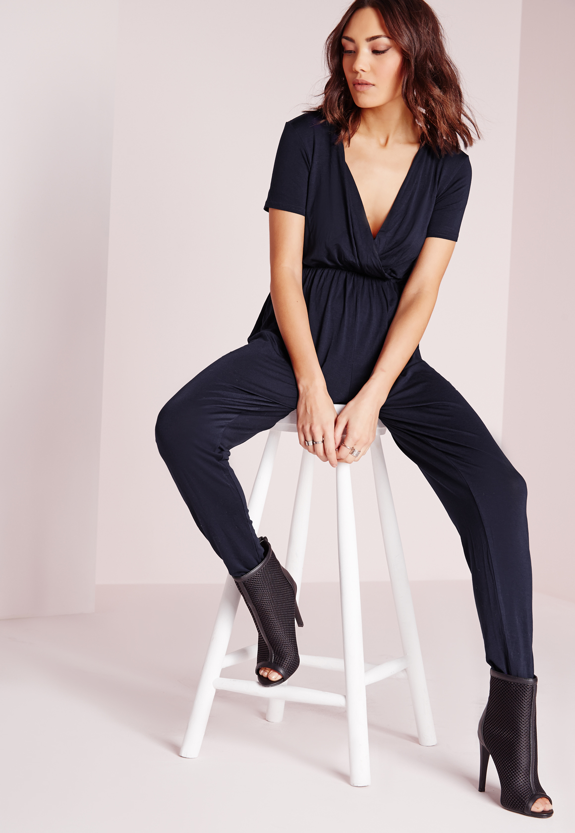 9c0181e6ce0 Missguided Jersey Short Sleeve Wrap Jumpsuit Navy in Blue - Lyst
