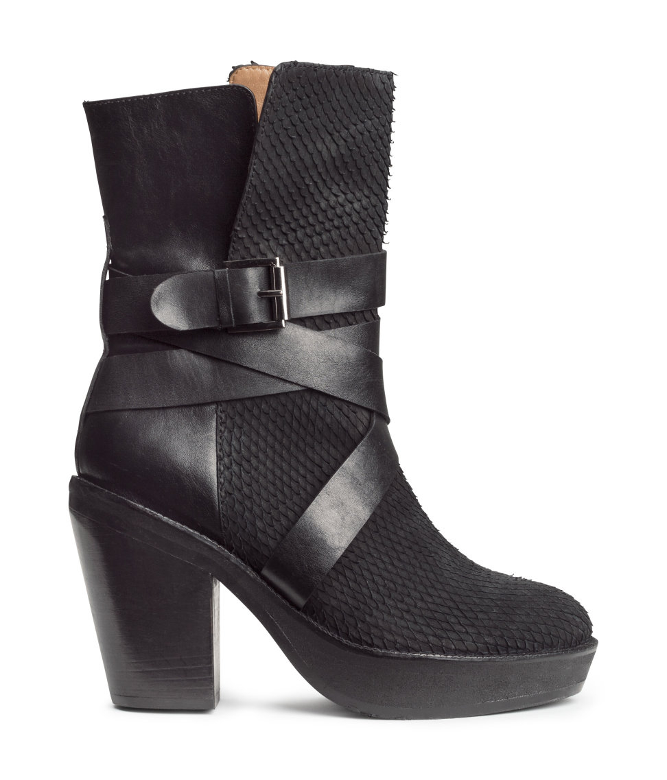 Latitude Femme Shoes Black Leather Zip Front
