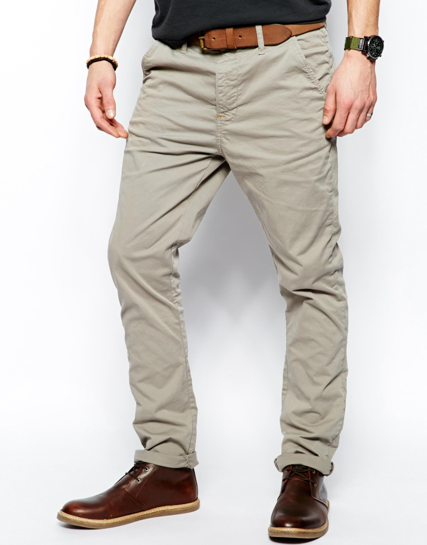 Like khakis, chinos root their history in military as well, but just a few years later in First coming about in the Spanish-American war, the troops that wore chinos were based in the Philippines.