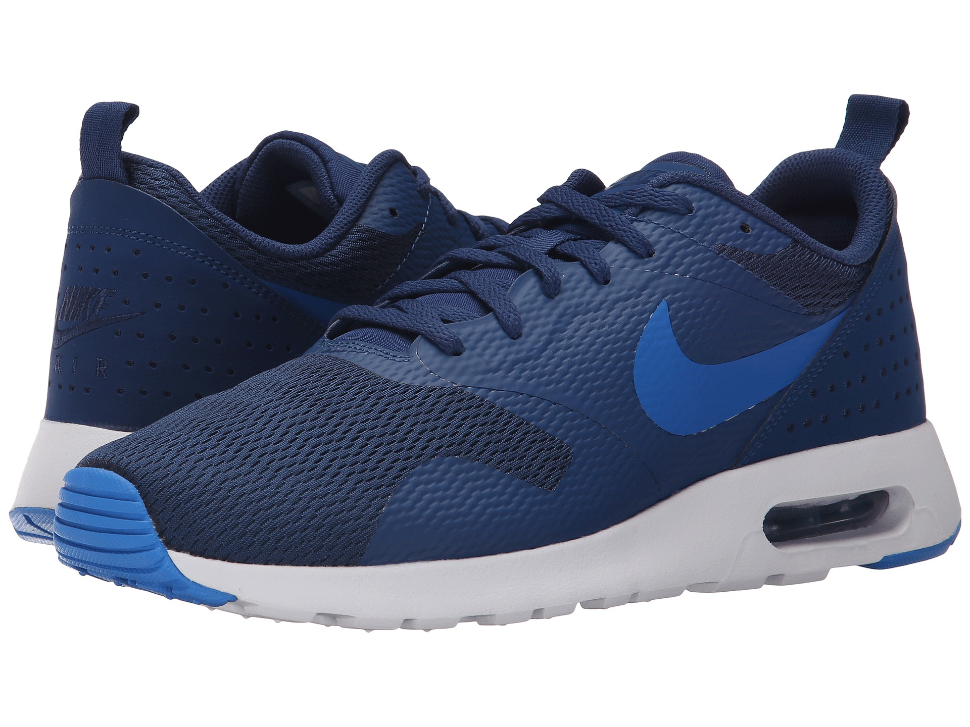 watch f602c e2d36 Nike Air Max Tavas Low-Top Sneakers in Blue for Men - Lyst