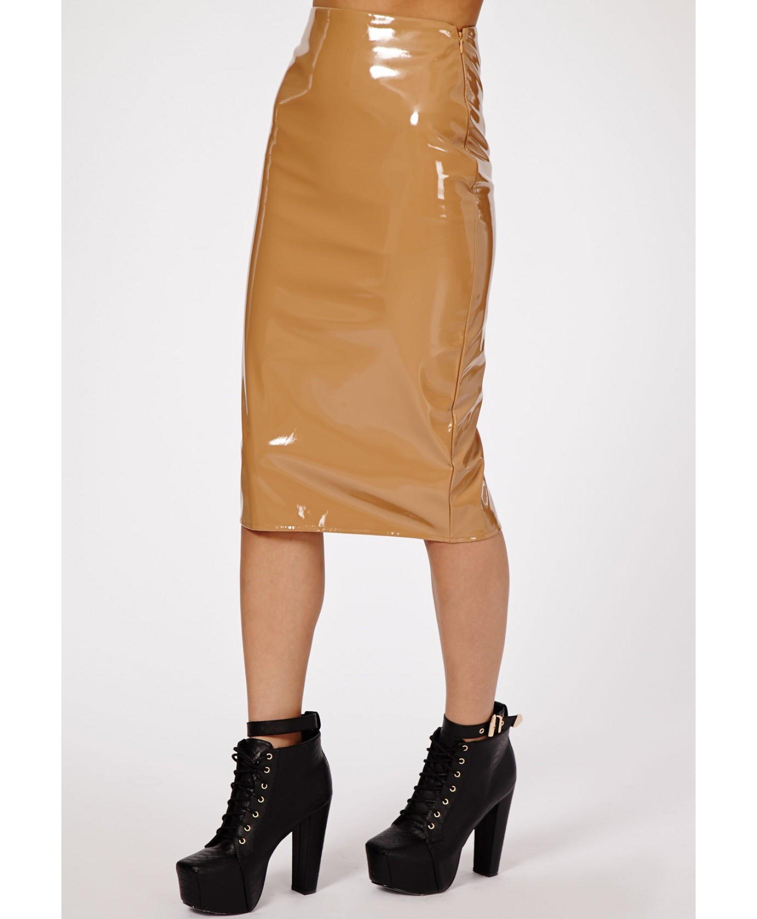 missguided mircia pvc midi skirt in mocha in brown mocha