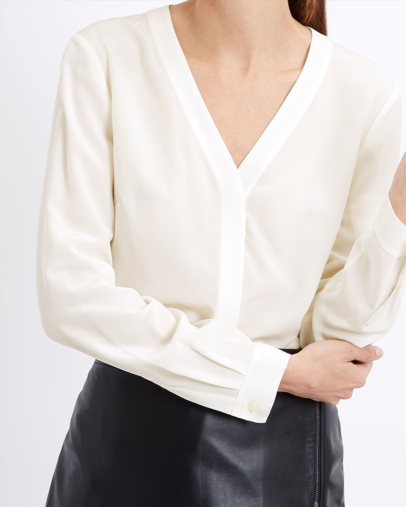 5e8b1baf7f447 Lyst - Jaeger Silk V-neck Blouse in Natural