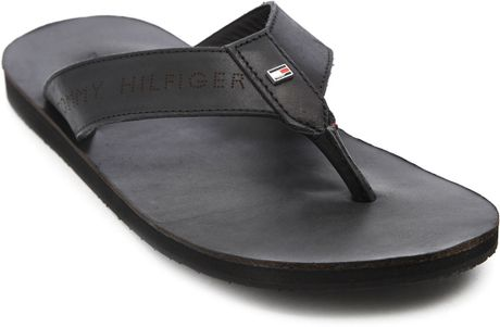 Tommy Hilfiger Timsbury Black Leather Flipflops In Black