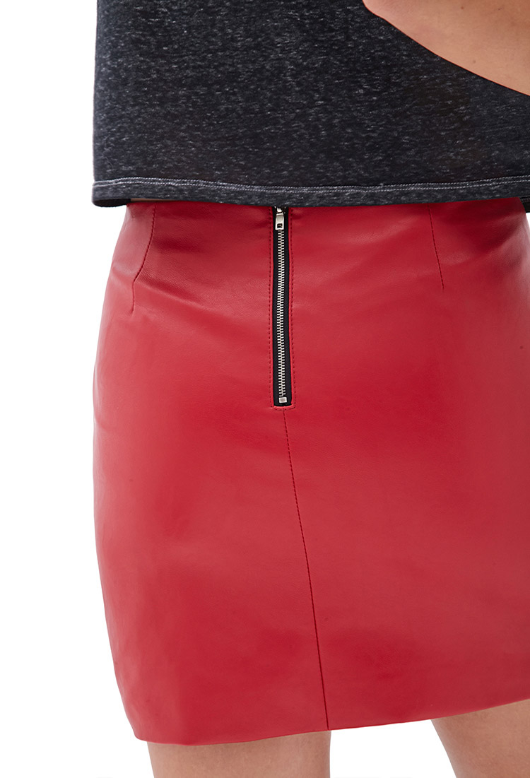 Forever 21 Faux Leather Mini Skirt in Red | Lyst