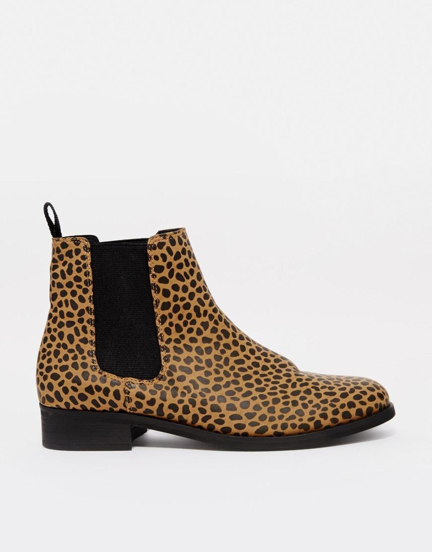 2b8ced1272165 Lyst - Monki Selina Leopard Print Chelsea Boots