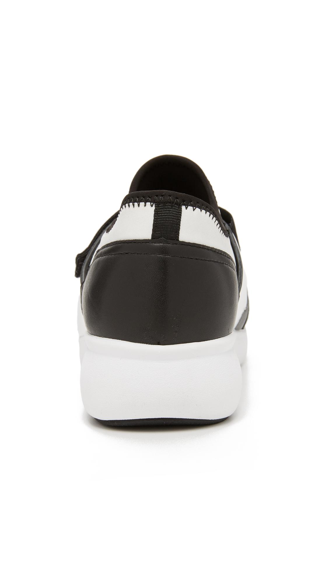 DKNY Neoprene Tilly Runner Sneakers in Black/White (Black)