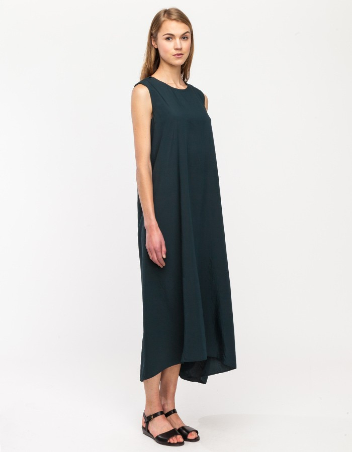 Kaarem Turn Sleeveless Maxi Dress in Green - Lyst