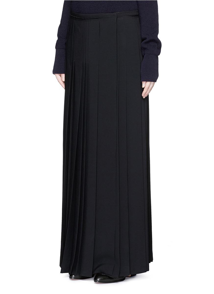 chlo 233 pleat crepe maxi wrap skirt in black lyst