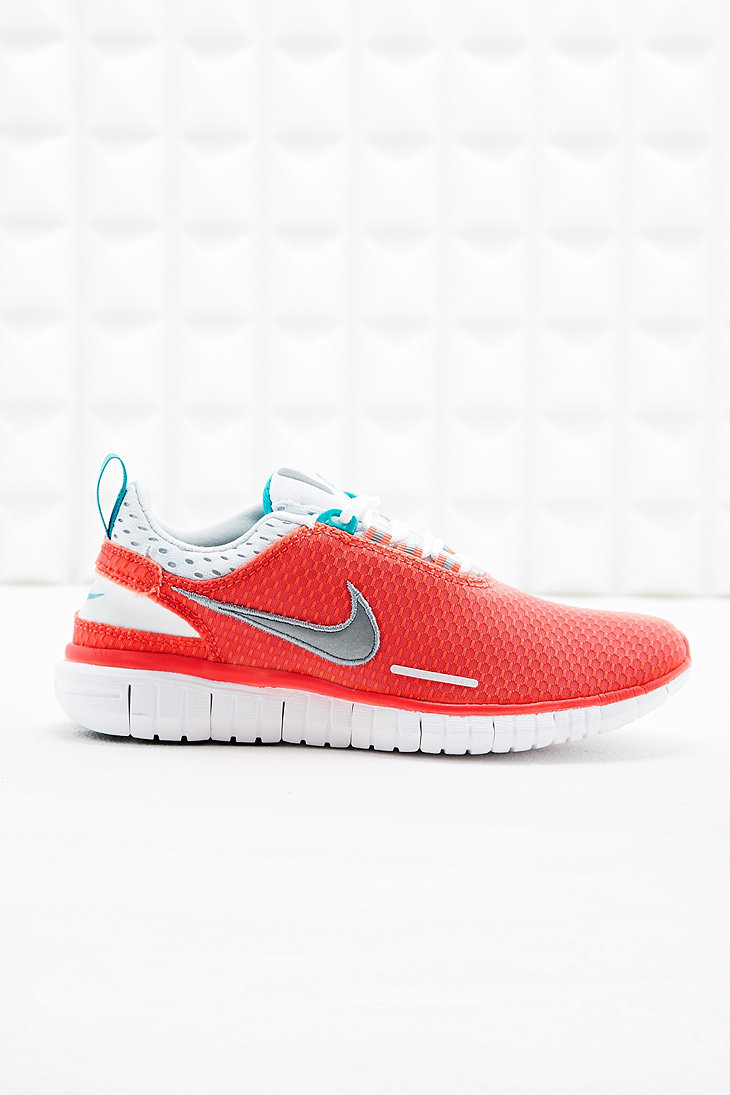 online store d1bea e581d closeout nike free og breeze trainers in coral in orange lyst f249e b91c1