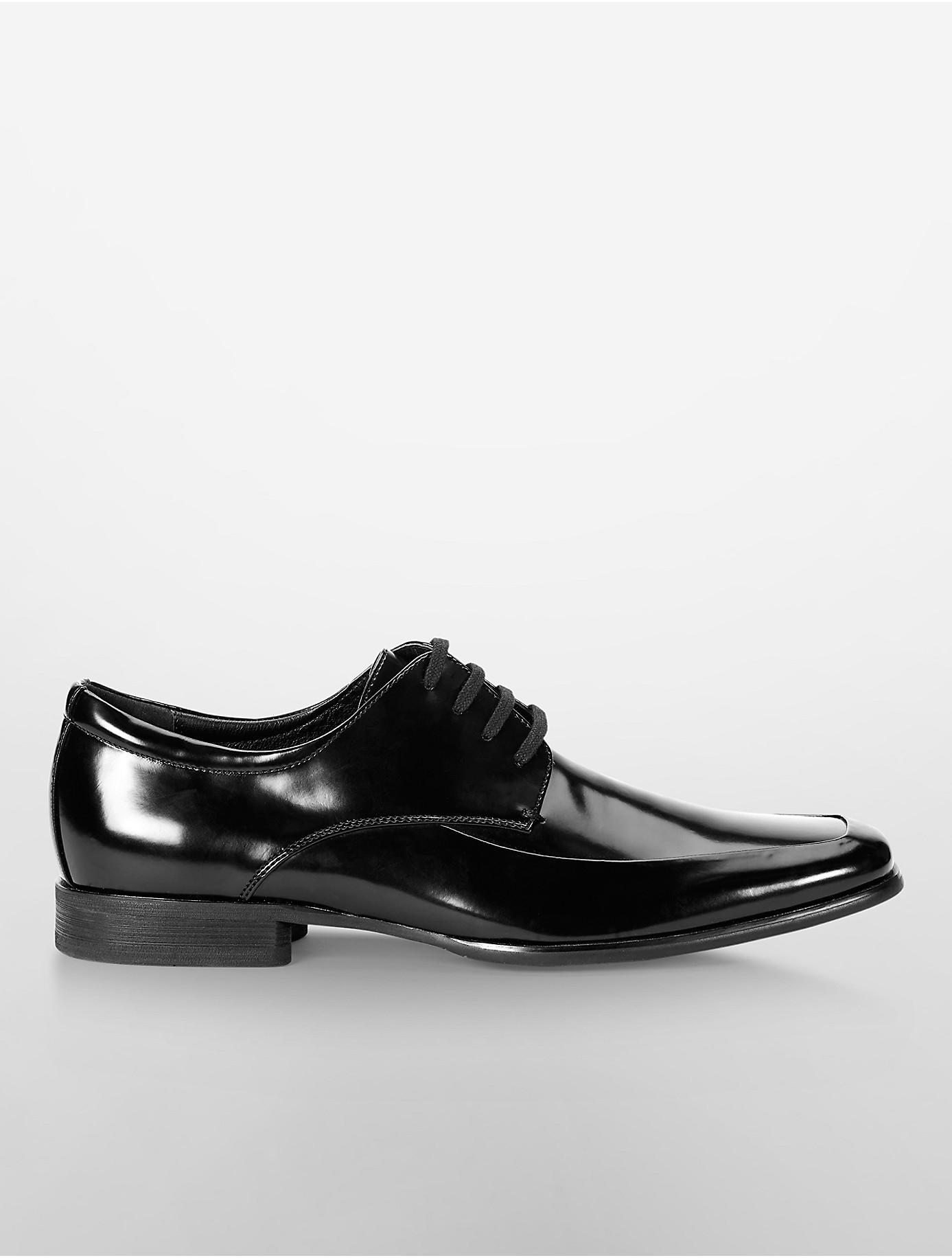 calvin klein white label carwin oxford shoe in black lyst