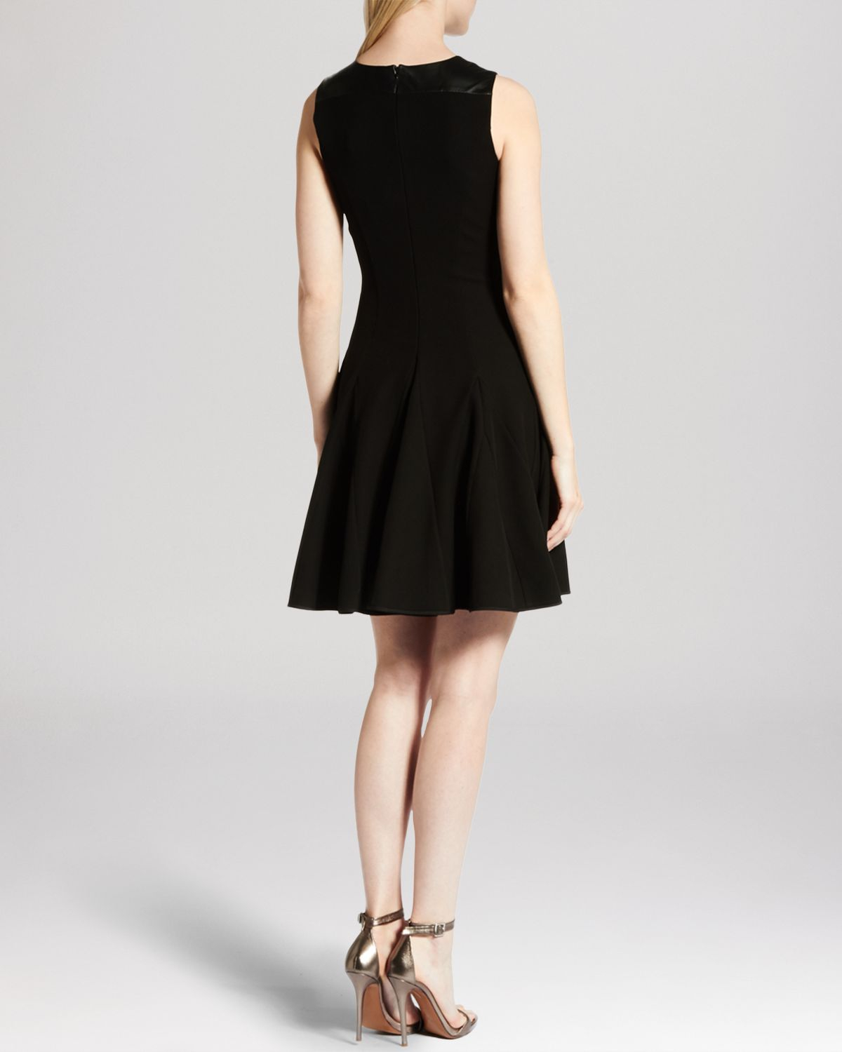 Halston Dress Sleeveless Round Neck Fit And Flare In