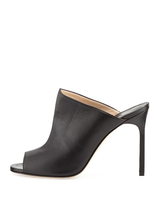 759c296d8f802 Manolo Blahnik Kando Leather Peep-Toe Mule in Black - Lyst