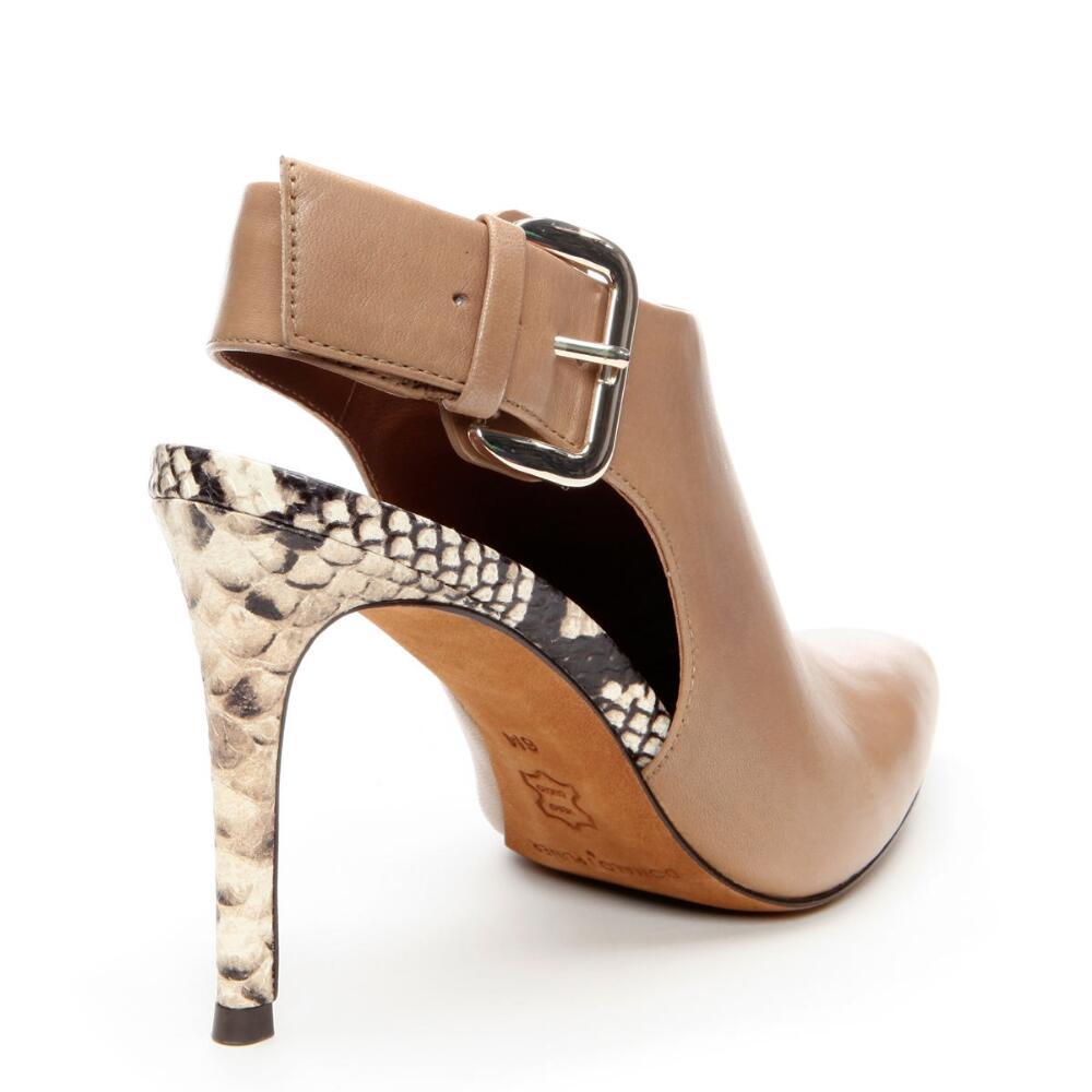 Via Spiga Point High Heel Shoes