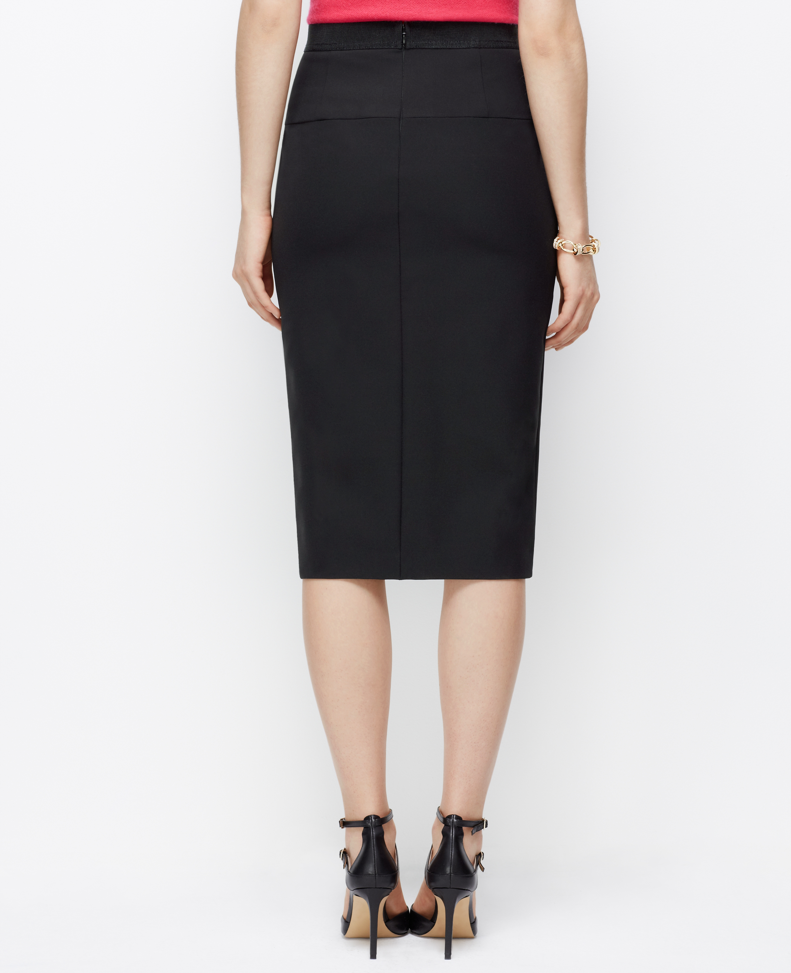 Find beautiful, flattering skirts for every occasion including on-trend midi skirts, polished pencil skirts, elegant A-line skirts and more, all designed specifically for petite frames.