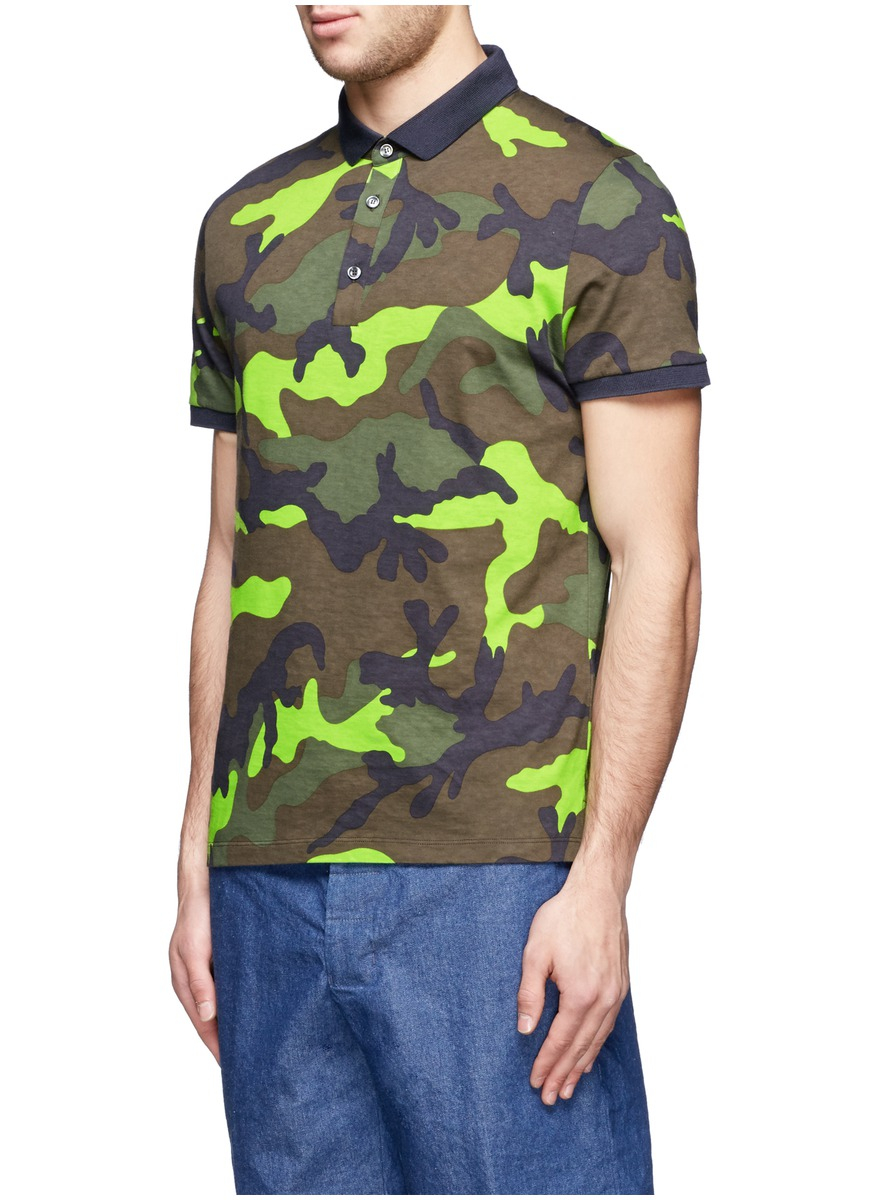 2c35892aa Valentino Fluo Camouflage Print Polo Shirt for Men - Lyst
