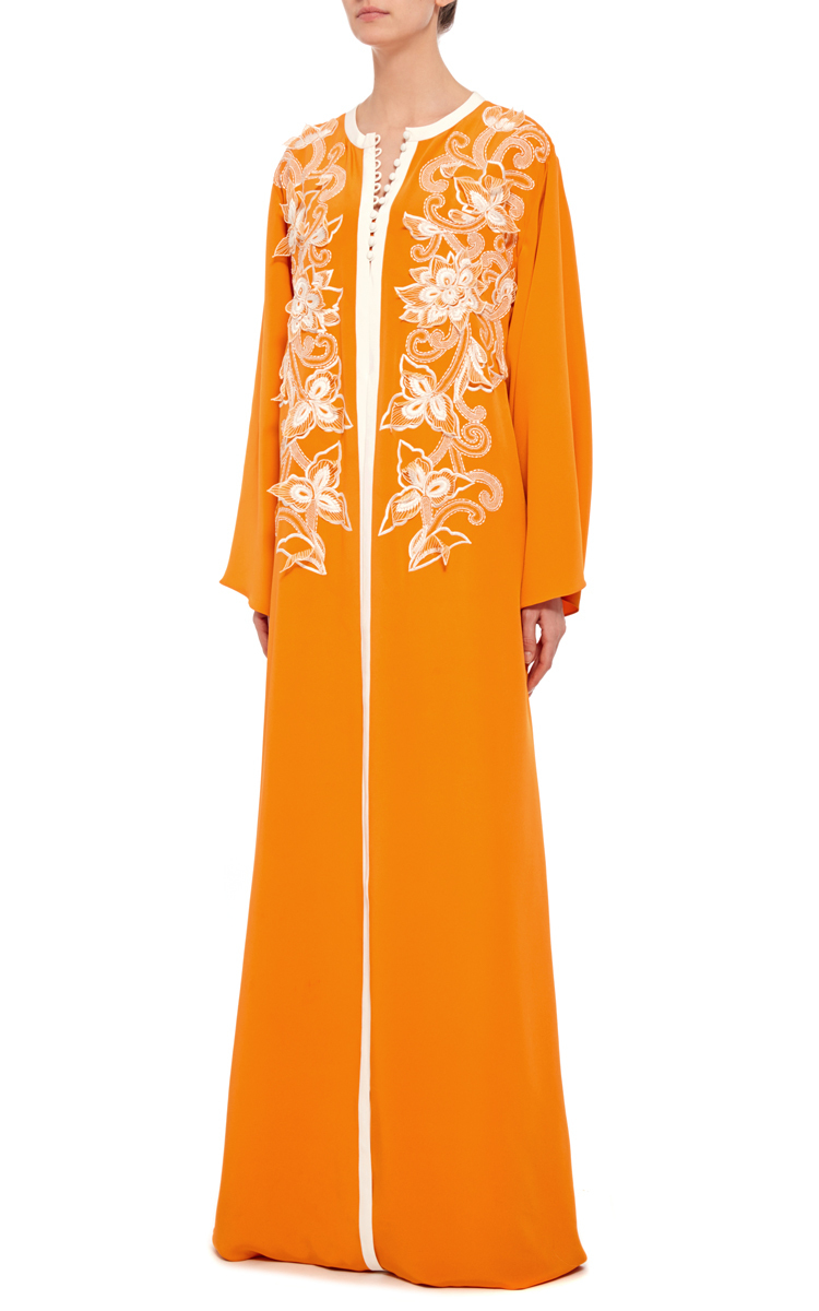 Oscar de la renta silk embroidered long sleeved caftan in for Caftan avec satin de chaise