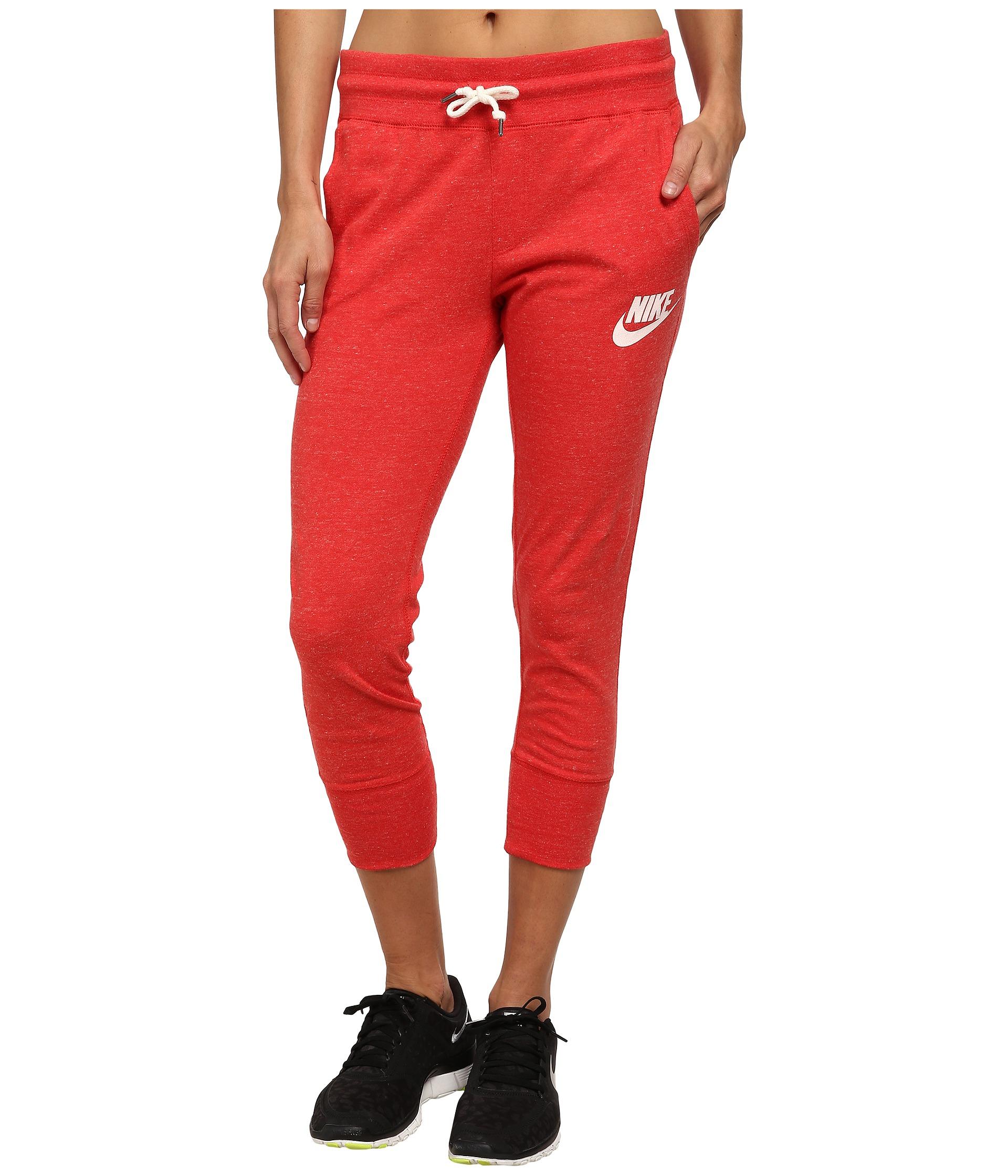 Nike Gym Vintage Capris in Red | Lyst