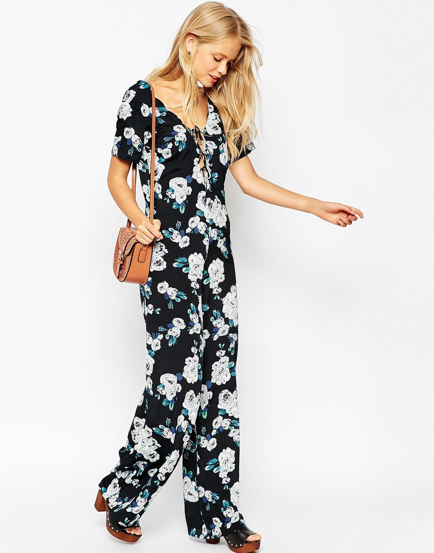 Asos Jumpsuit With Scallop Neck In Floral Print | Lyst