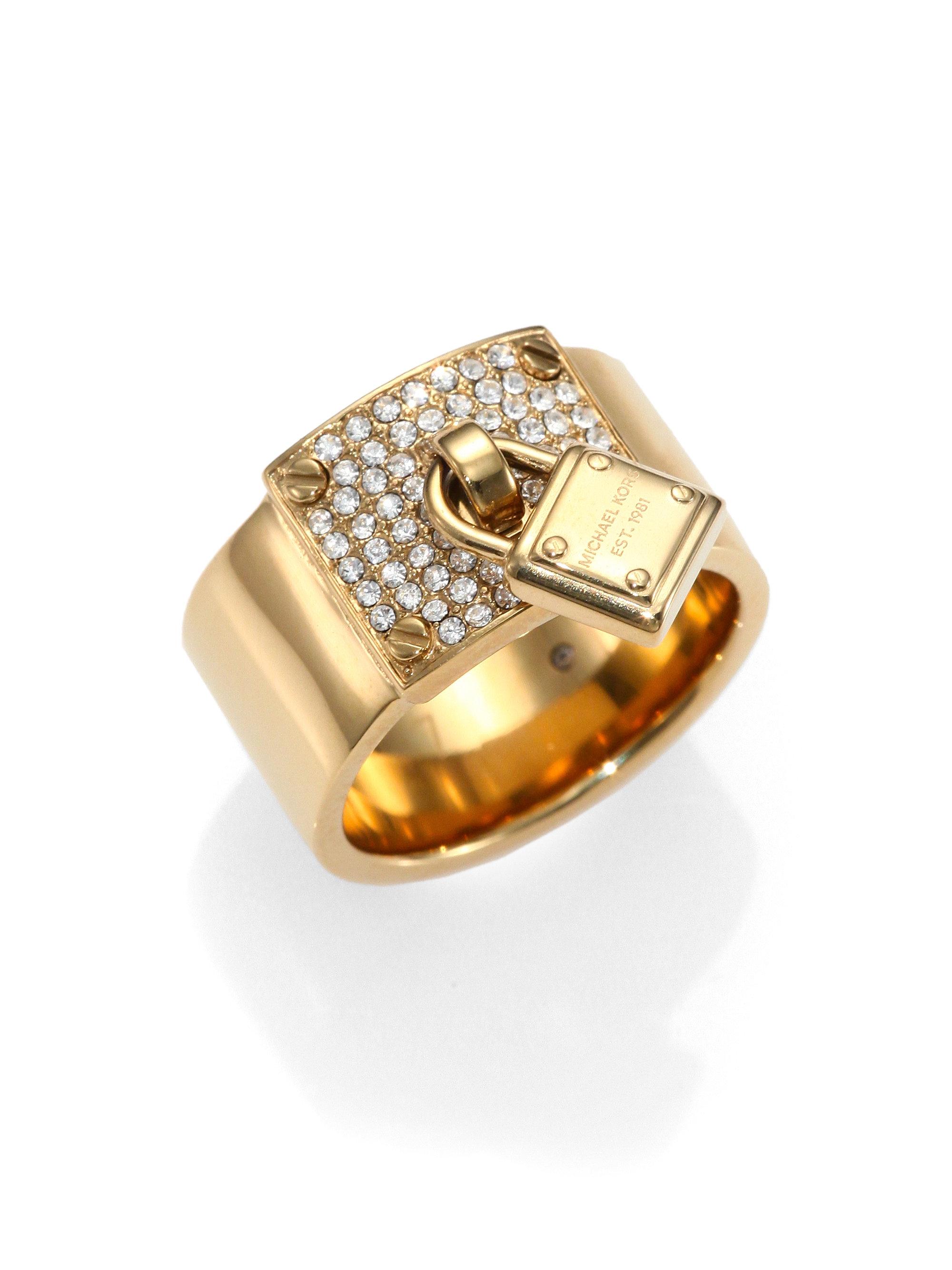 michael kors padlock sparkle ring in gold lyst. Black Bedroom Furniture Sets. Home Design Ideas