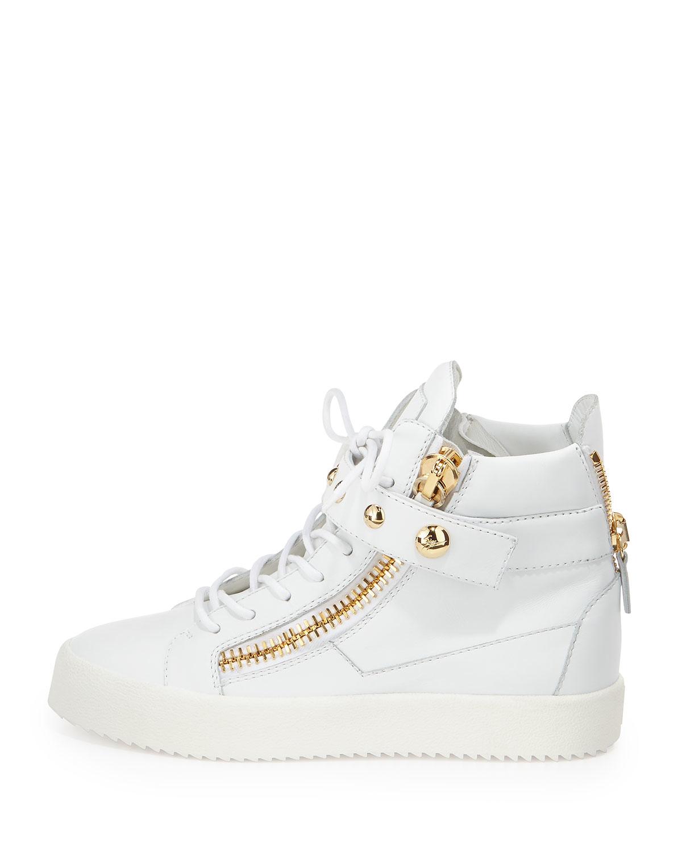 Silvia Fiorentina Shoes Stores