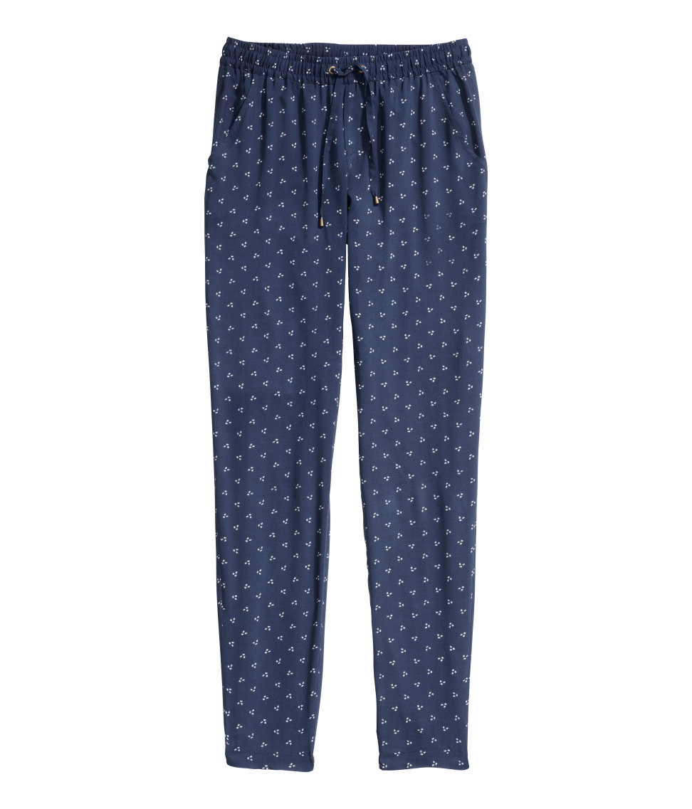 Sewing pattern for classic trousers by Jalie for girls and women.