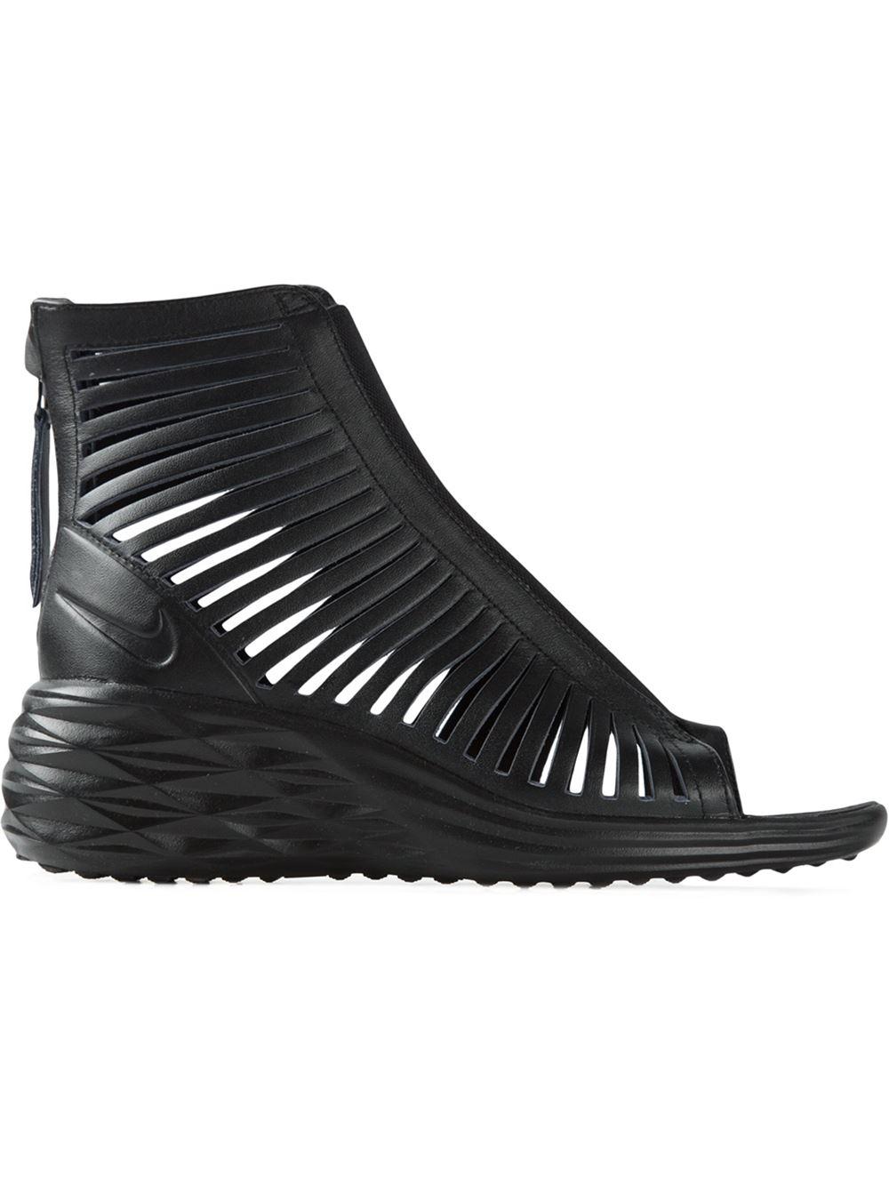 ce5961234b79 ... clearance lyst nike lunarsandiator sandals in black fedaa 7dffb