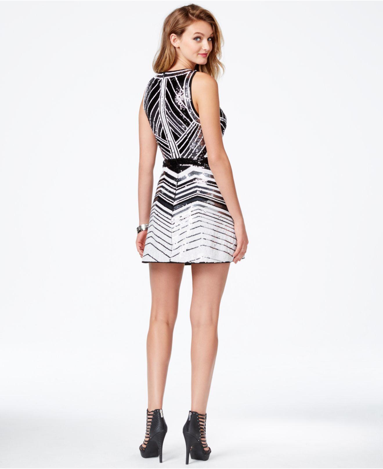 Lyst - Guess Chevron-print Sequin Sheath Dress in Black