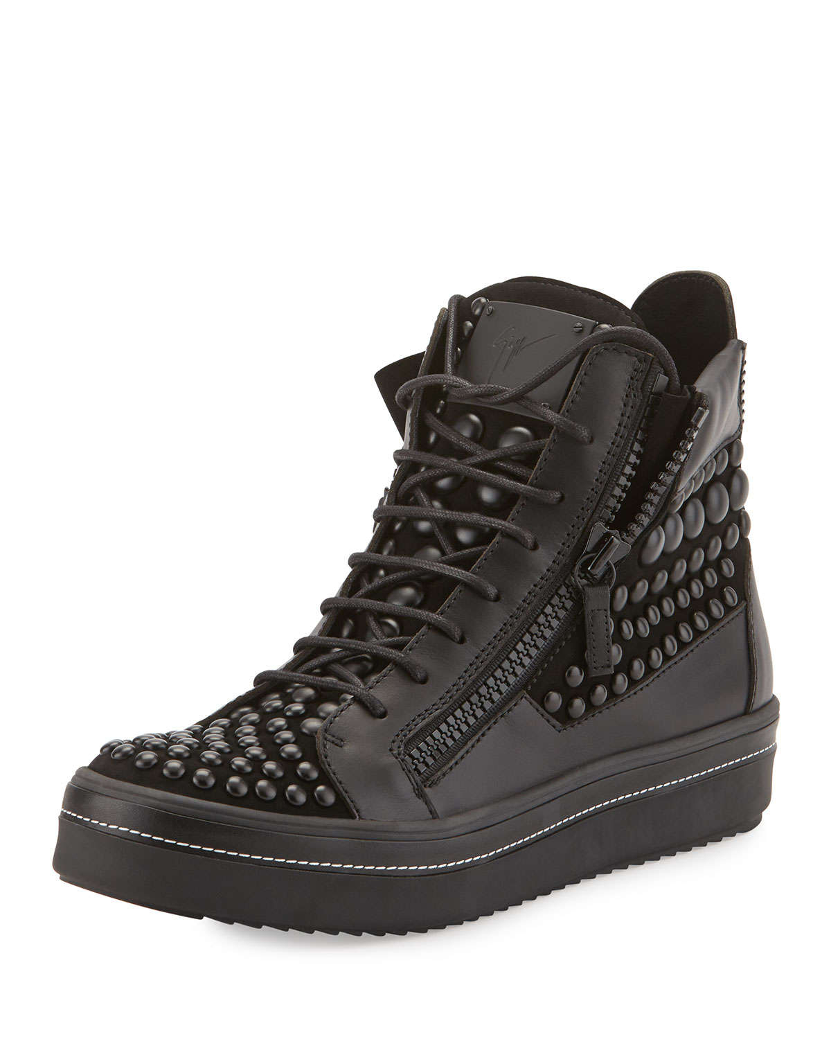 High Top Sneakers: Shop Brands up to 70% | Stylight10,+ followers on Twitter.
