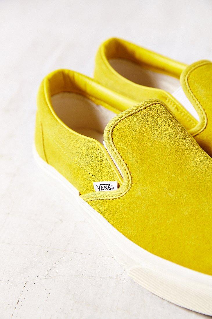 Vans Classic Suede Slip-On Sneaker in