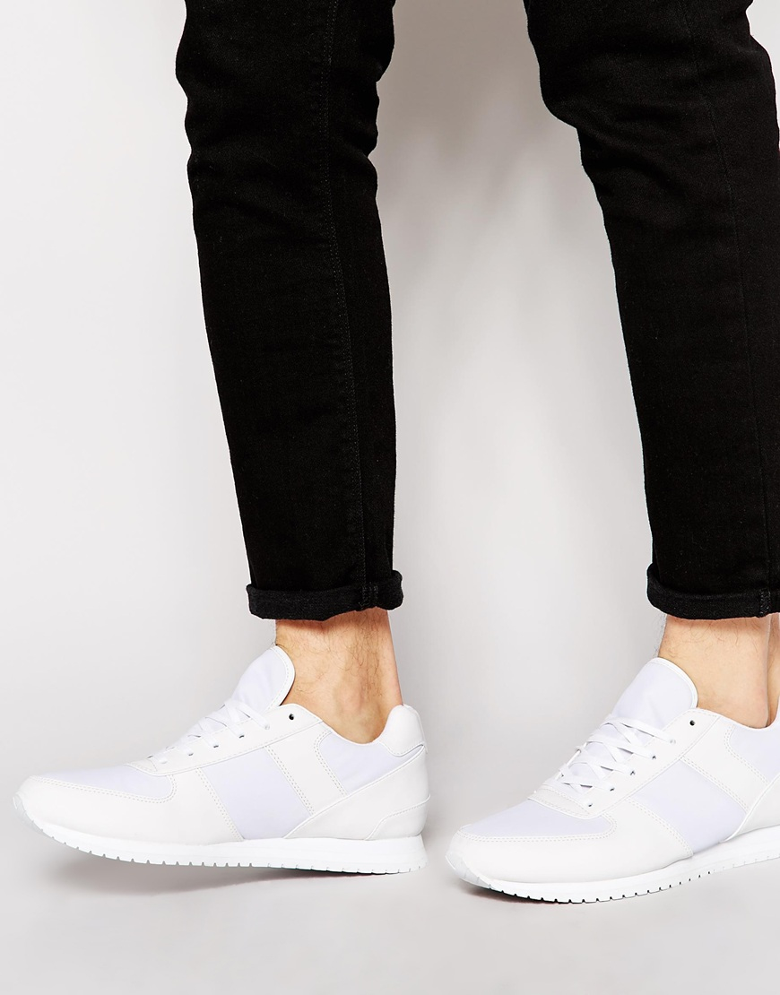 Men's ASOS Shoes Asos is a leading authority on trend-lead style. Offering up a wide and eclectic product range from over clothing brands, the UK-based, online-only shopping legend is .