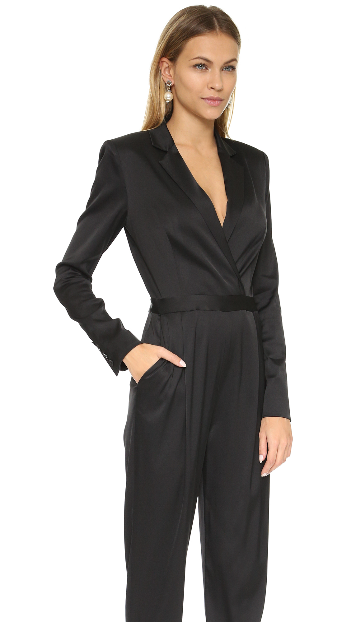 437f974ec54d Lyst - Alice + Olivia Violetta Tuxedo Jumpsuit - Black in Black