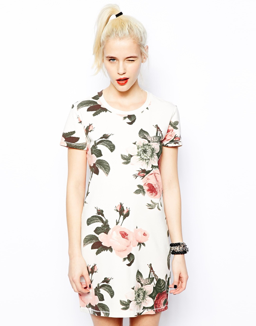 dd23c8fb8c00 Lyst - Monki T-Shirt Dress in Soft Rose Print