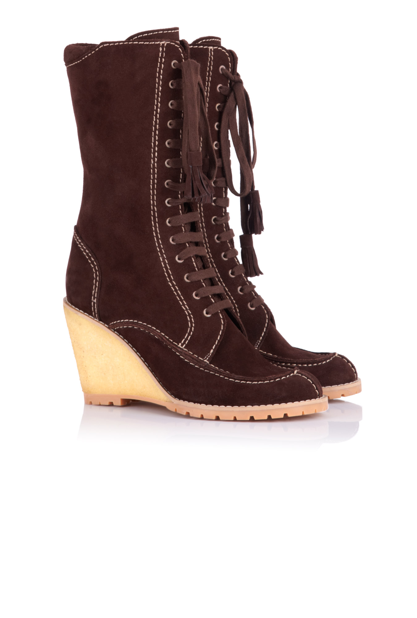 Boots + Booties Shop only the best Boots & Booties for Women at Forever Find everything from on-trend ankle boots to over-the-knee boots in sleek and embellished designs.