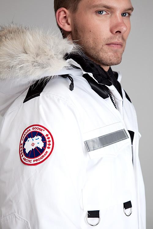 4c7290537502 Mens Canada Goose Resolute Parka White